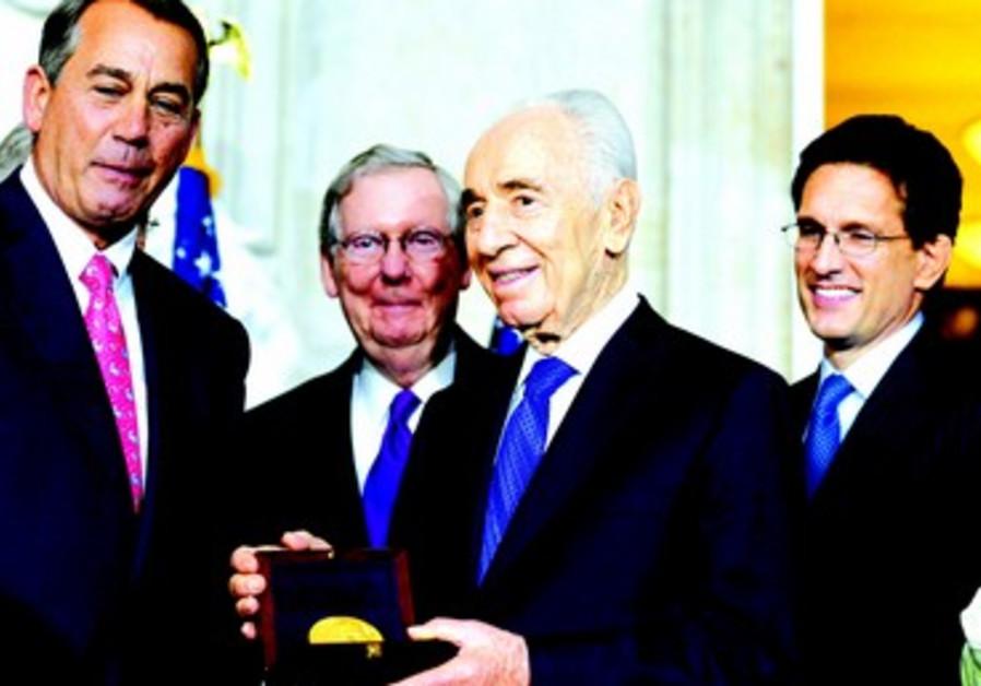 Shimon Peres honoré