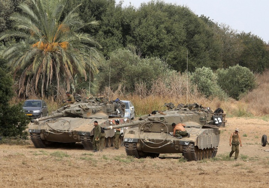 IDF force in south