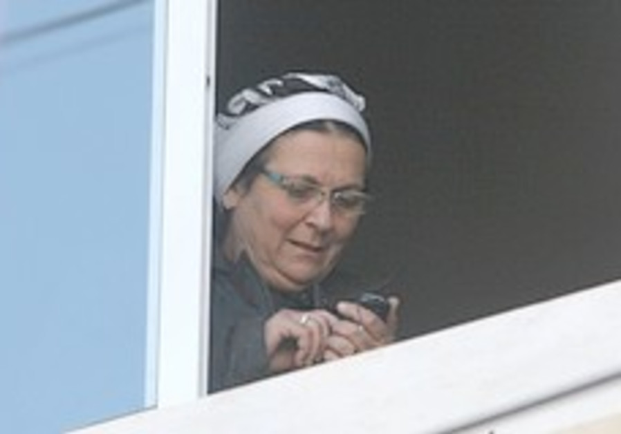 Sneh to Barak: Jail Daniella Weiss