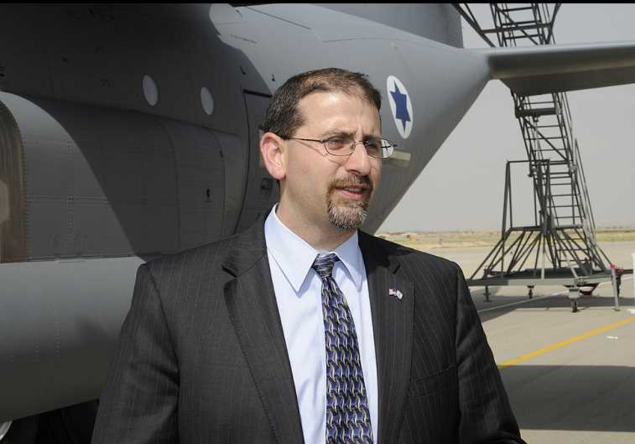 Dan Shapiro, the US ambassador to Israel, at Nevatim air force base