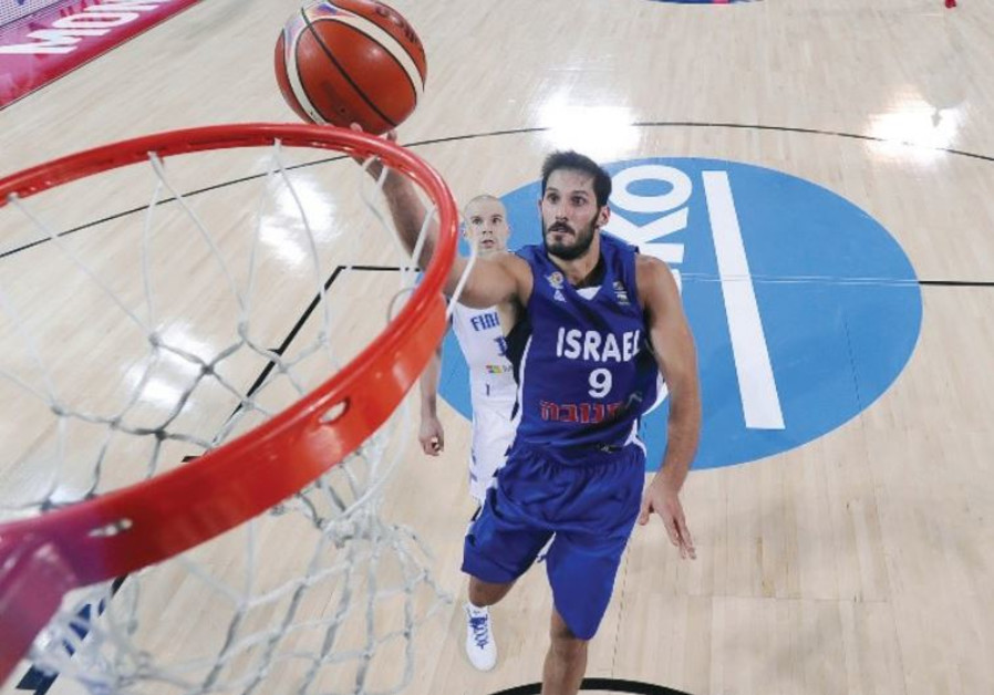 Israel forward Omri Casspi leaps for a layup