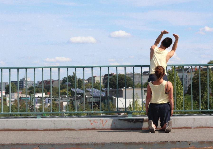 DANCERS TAKE part in Tal Alperstein and Julia Turbahn's project 'monumentalise' in Tel Aviv