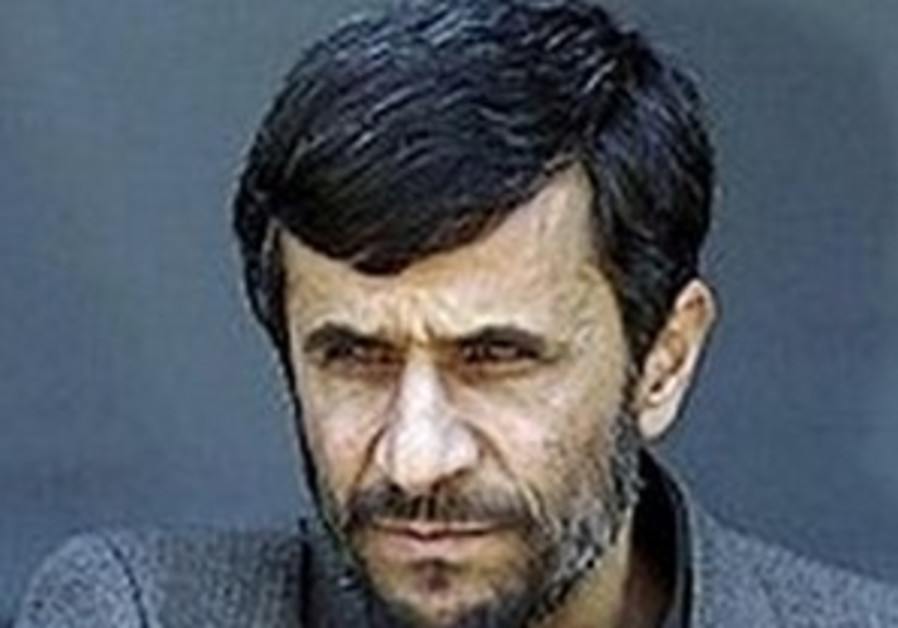 Ahmadinejad questions 9/11 deaths