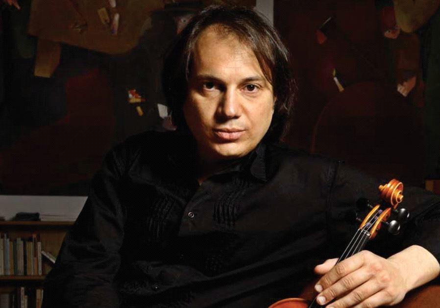 Italian violinist Luca Ciarla