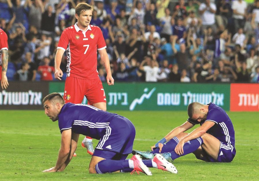 Israel national team strikers Ben Sahar (right) and Itay Shechter experienced a frustrating night in