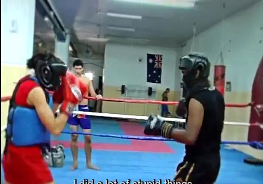 Nili Block Thai boxer
