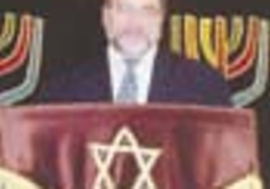 Netanya's very Anglo shul