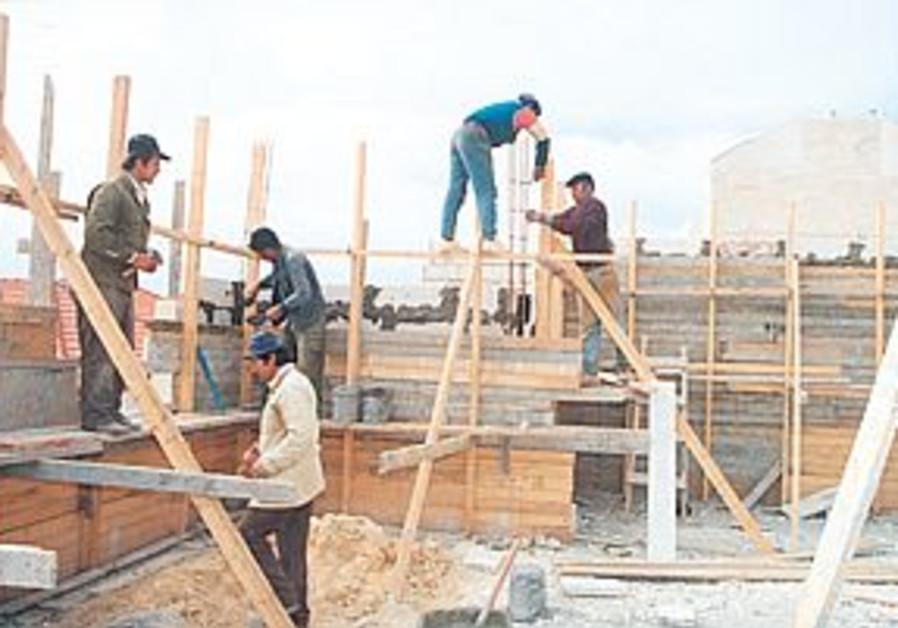 workers building
