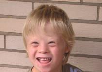Un enfant atteint du syndrome de Down