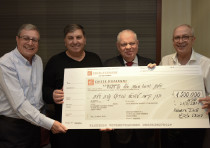 KKL France representatives presented KKL-JNF World Chairman Danny Atar with a NIS 1.5 million cheque