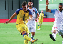 Maccabi Tel Aviv striker Vidar Orn Kjartansson has scored two goals in Europa League qualifying to d